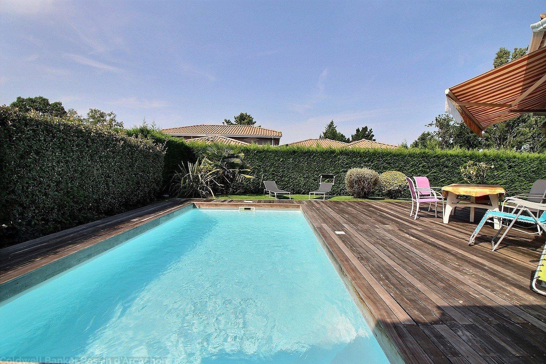 Recherche maison a vendre 4 chambres jardin et piscine la teste de buch