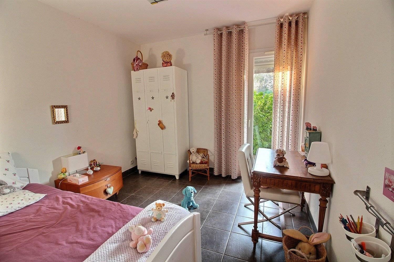 Belle maison contemporaine de plain pied avec 3 chambres bureau et piscine vendre gujan - Belle maison plain pied ...