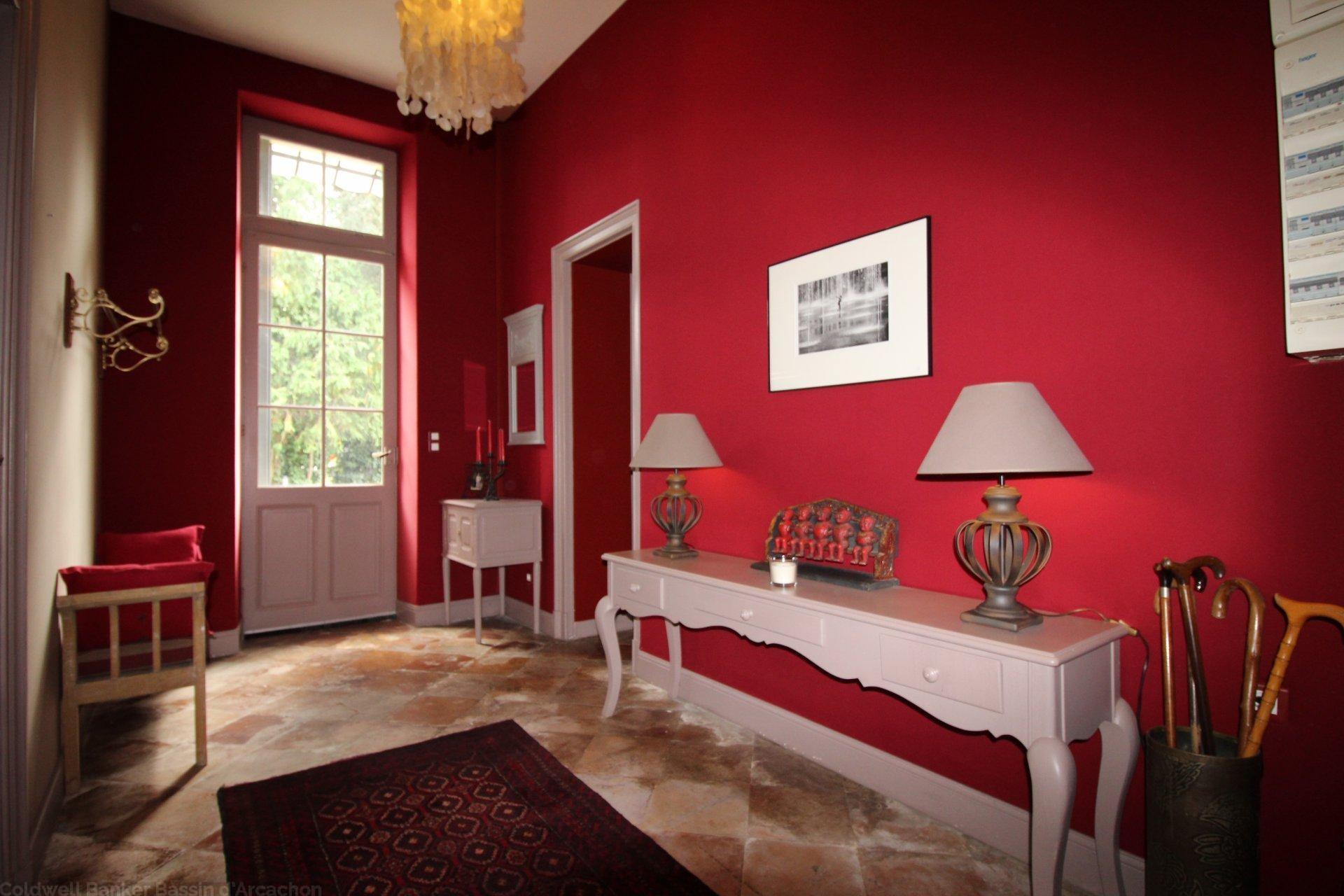 Vente chartreuse xiiie si cle proche bordeaux montussan for Hotel de luxe bordeaux