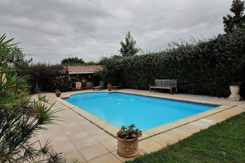 Vente maison 4 chambres avec terrain et piscine gujan-mestras