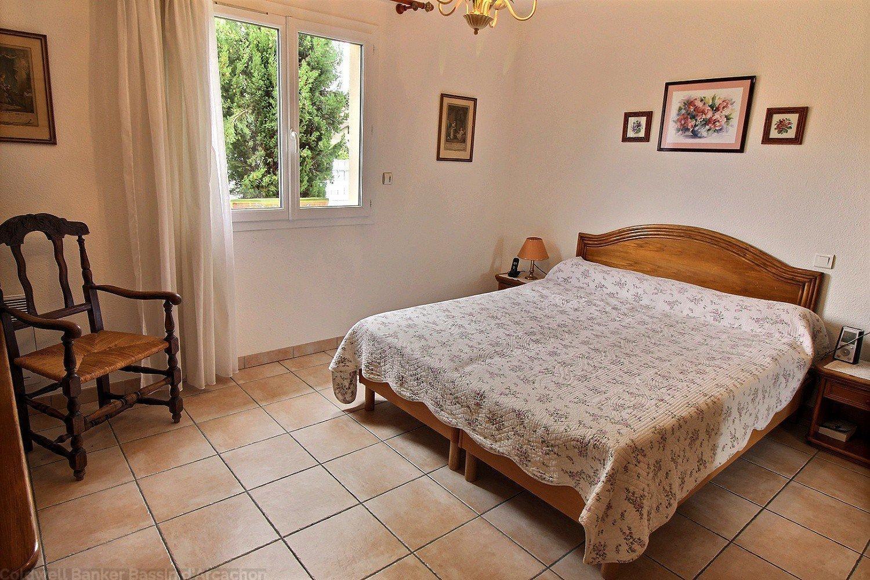 villa 4 chambres avec terrain et piscine a vendre gujan-mestras
