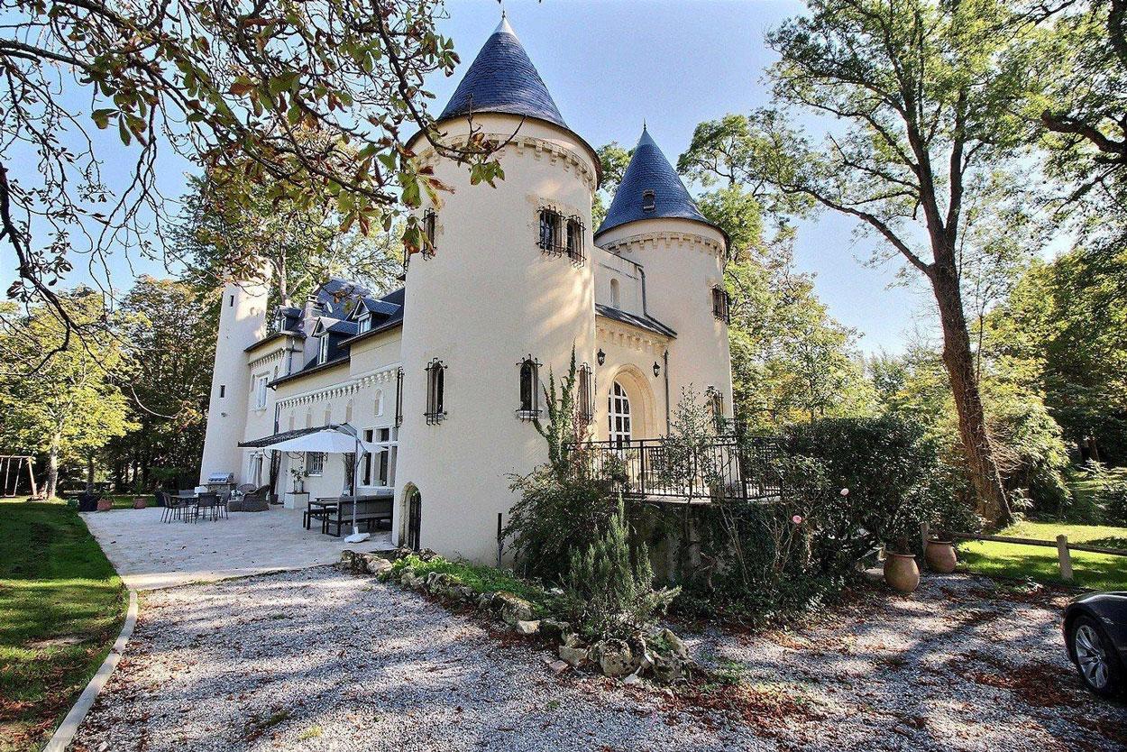 Vente maison villa proche bordeaux yvrac ch teau r nov for Achat maison yvrac