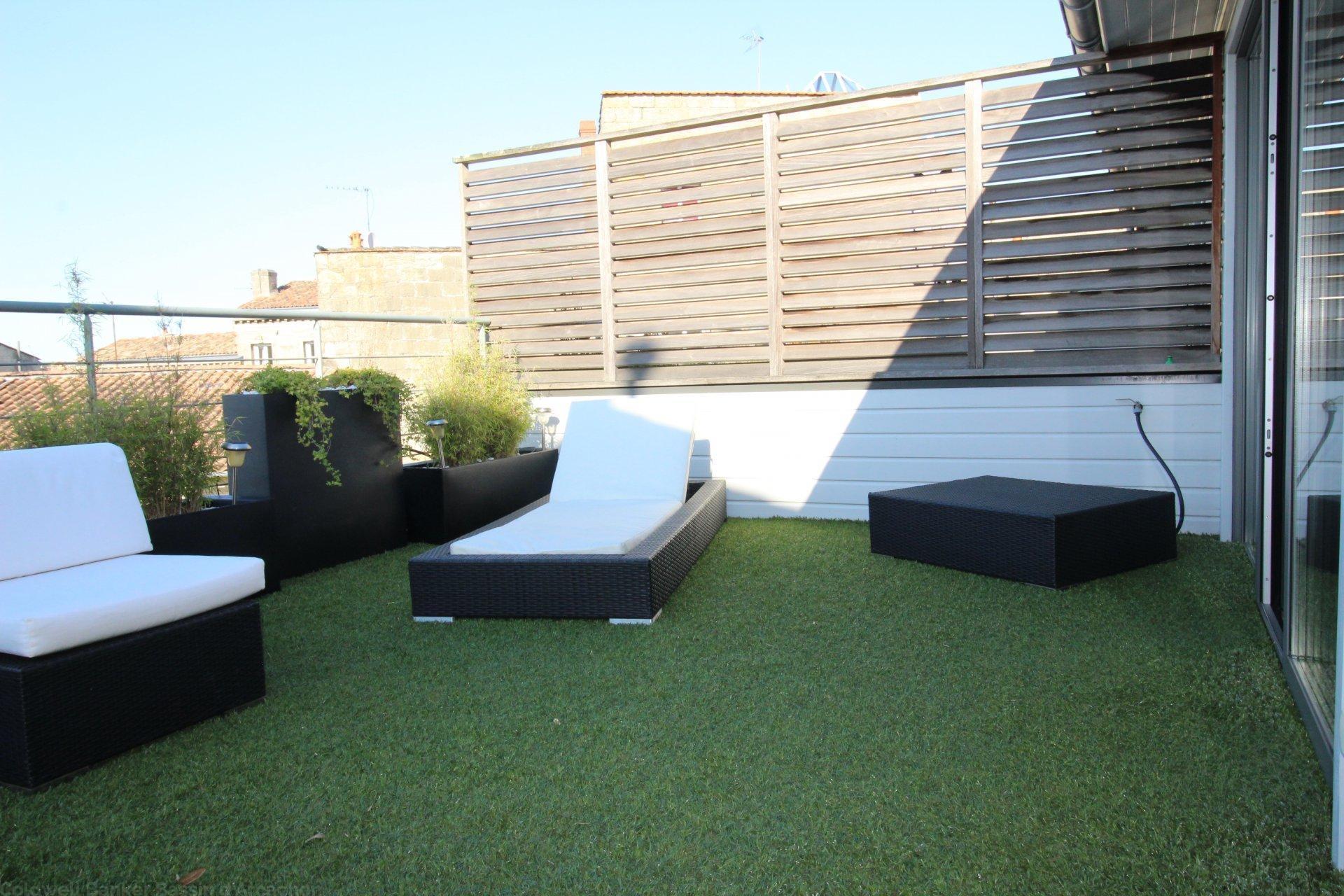 Vente maison villa bordeaux centre avec terrasses for Appartement bordeaux centre terrasse