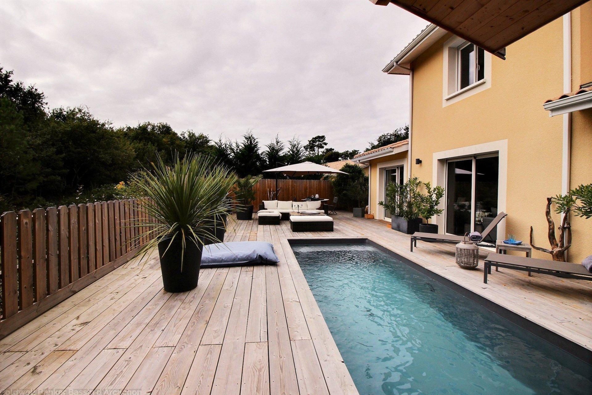 Vente maison villa la teste de buch avec piscine et for Cash piscine la teste