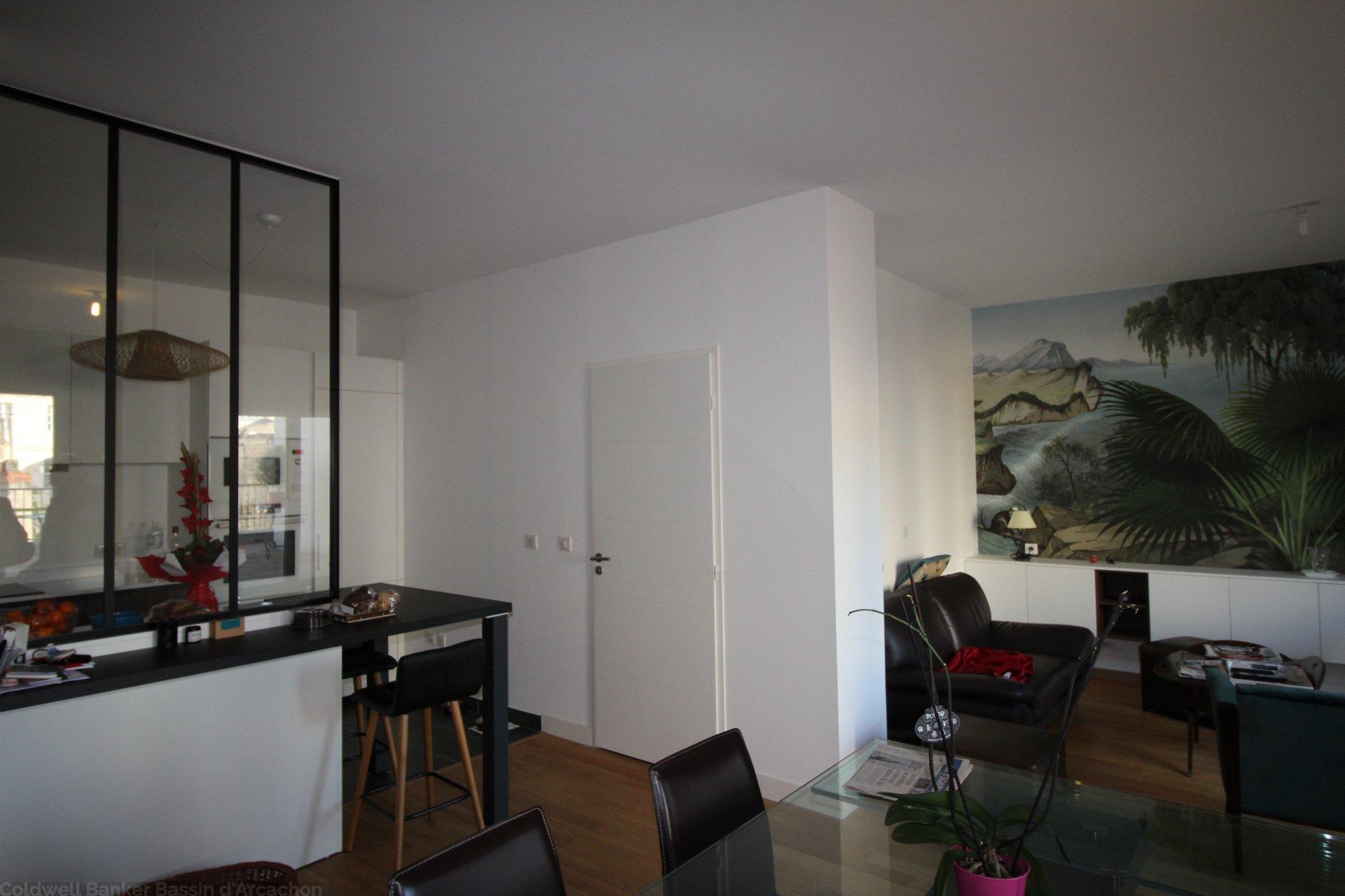 Vente appartement 2 chambres avec terrasse bordeaux hyper centre