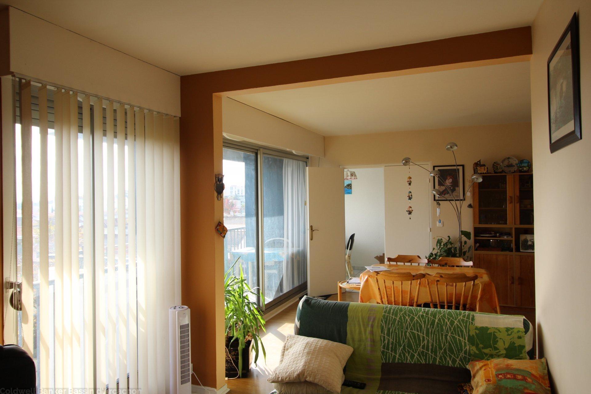 Appartement 2 chambres a vendre bordeaux cauderan
