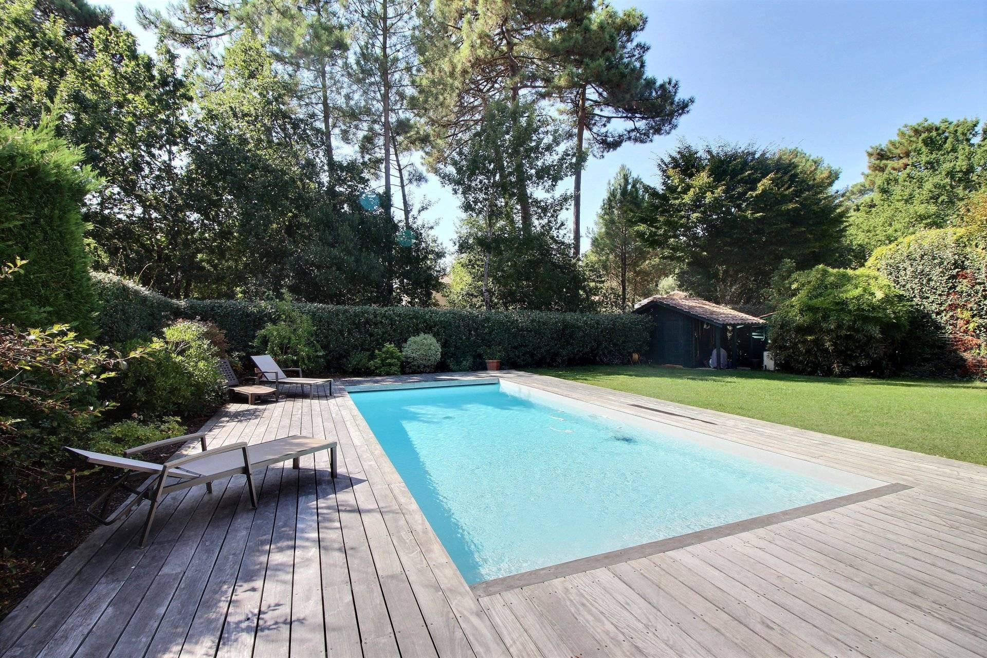 Achat maison contemporaine de plain pied 4 chambres avec piscine la teste de buch coldwell banker - Maison moderne plain pied 4 chambres ...