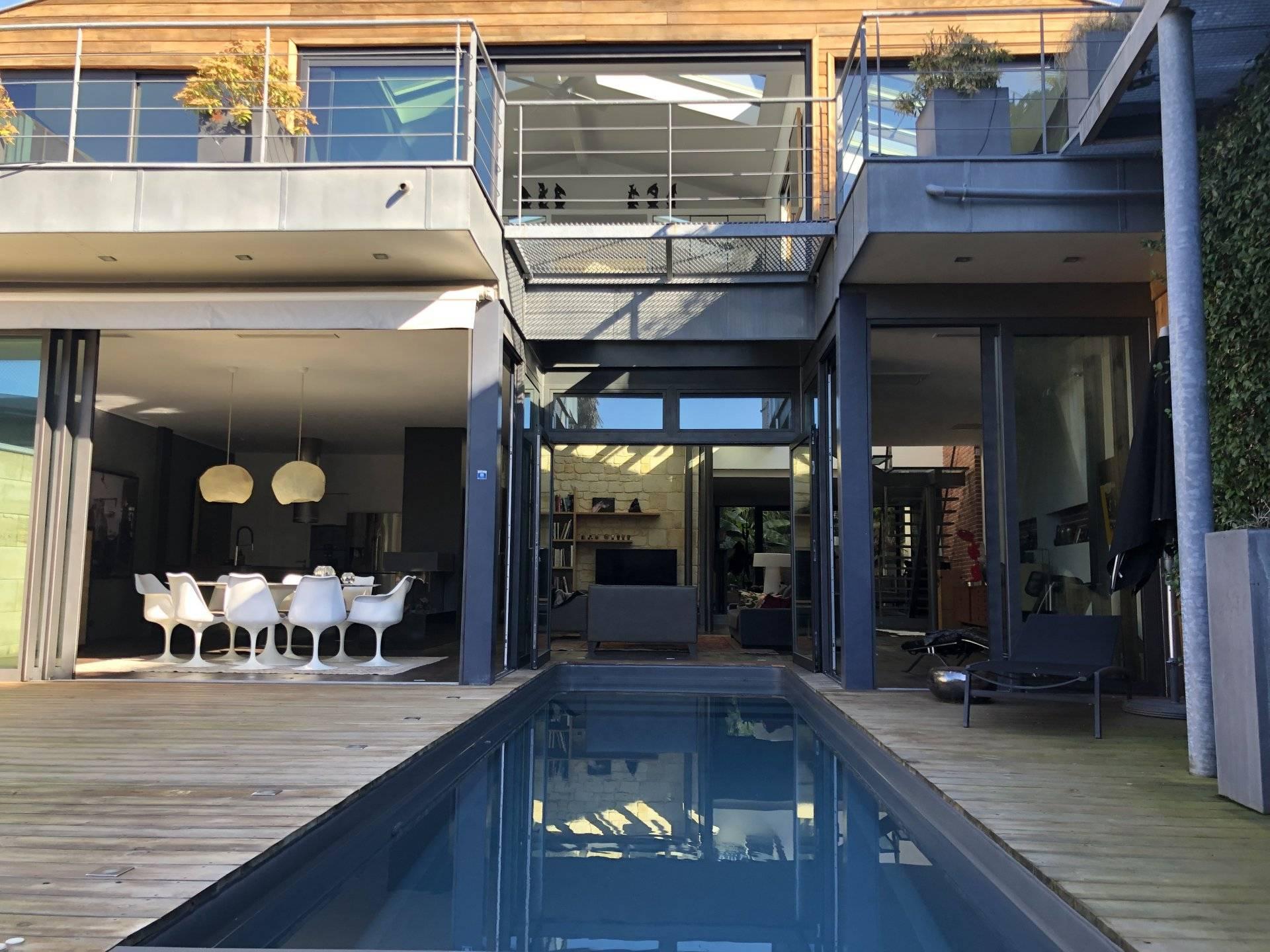 Splendide maison moderne de standing avec piscine à vendre BORDEAUX ...