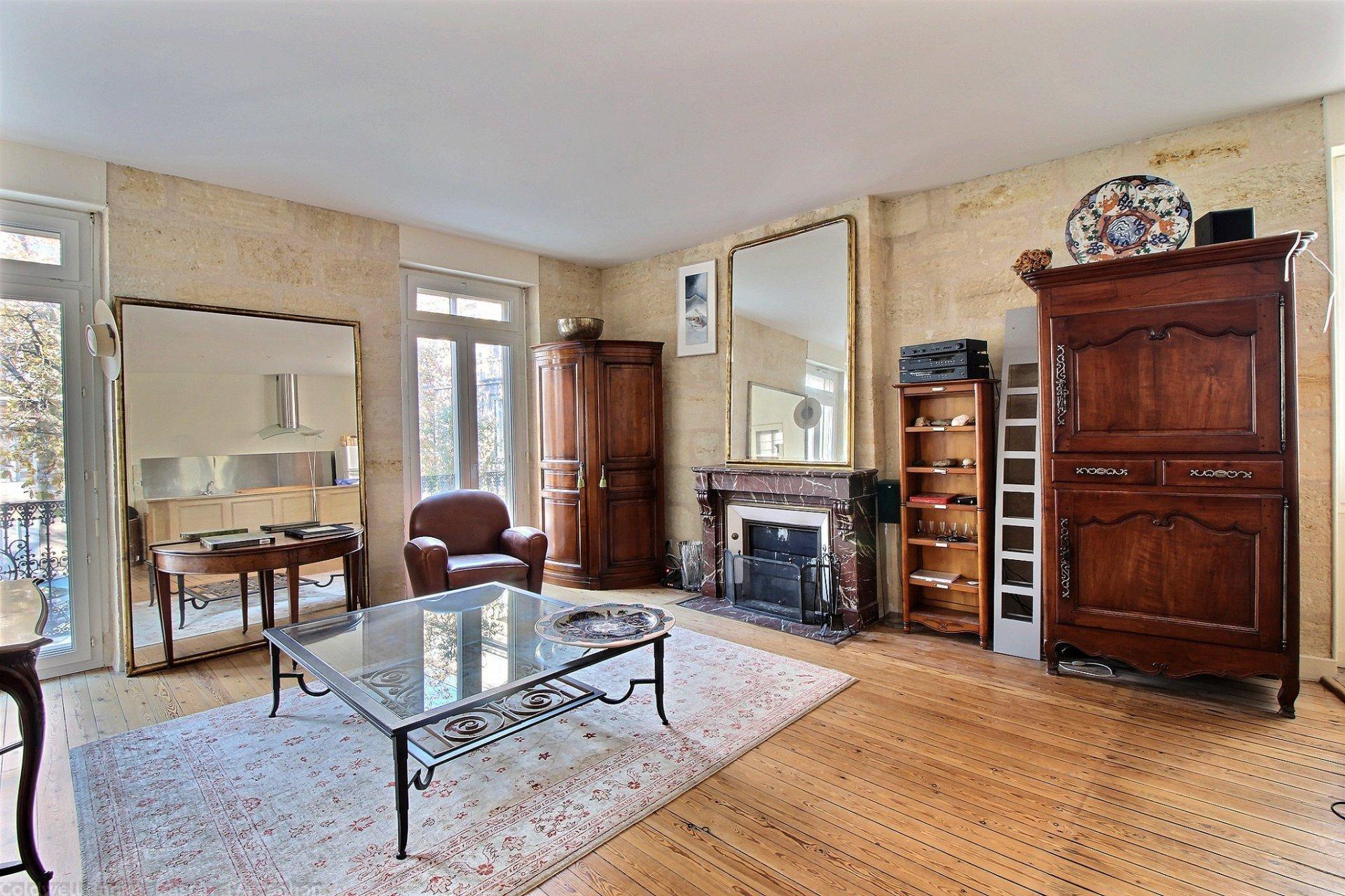 appartement ancien renove a vendre bordeaux hopital saint andre