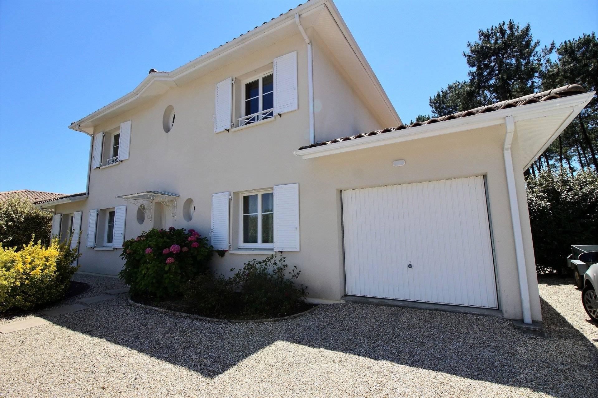 Maison familiale de charme 5 chambres à vendre à Gujan-Mestras - Coldwell Banker