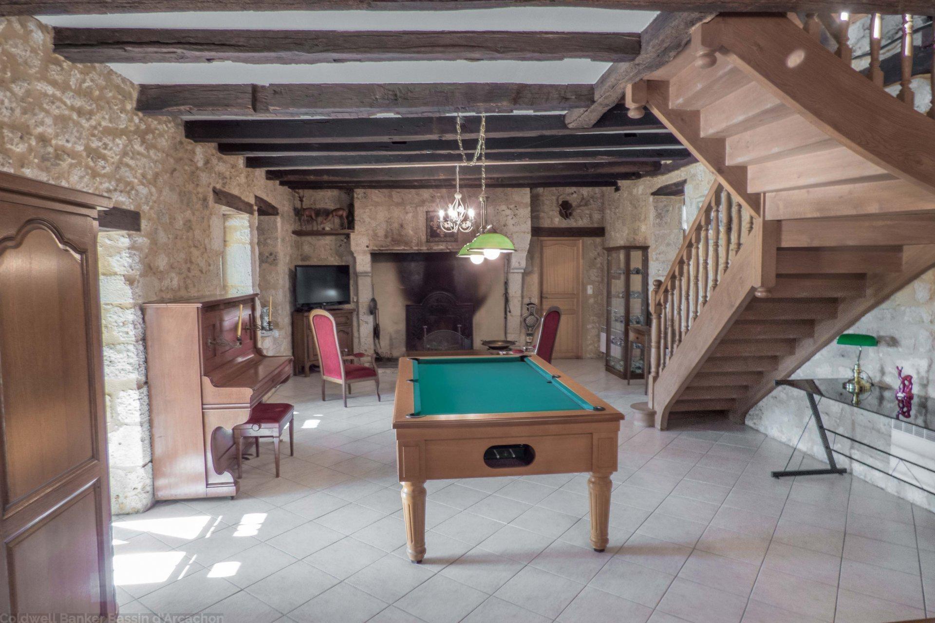 Acheter maison pierre avec grand terrain proche villereal beaumont du perigord issigeac