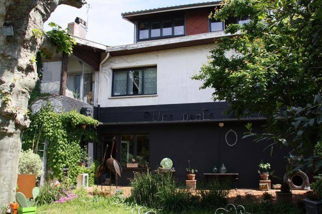 Maison atypique de 200 m2 à vendre proche Bordeaux TALENCE