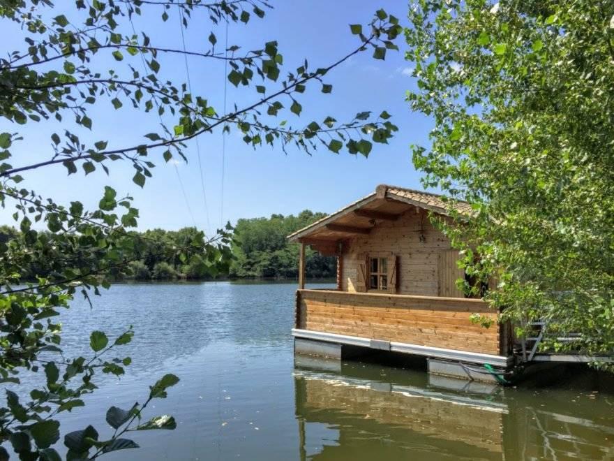 Domaine de loisirs avec cabanes flottantes à vendre PROCHE SAINT EMILION