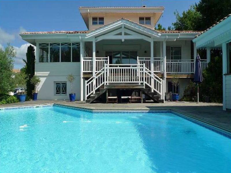 magnifique villa grande piscine pyla