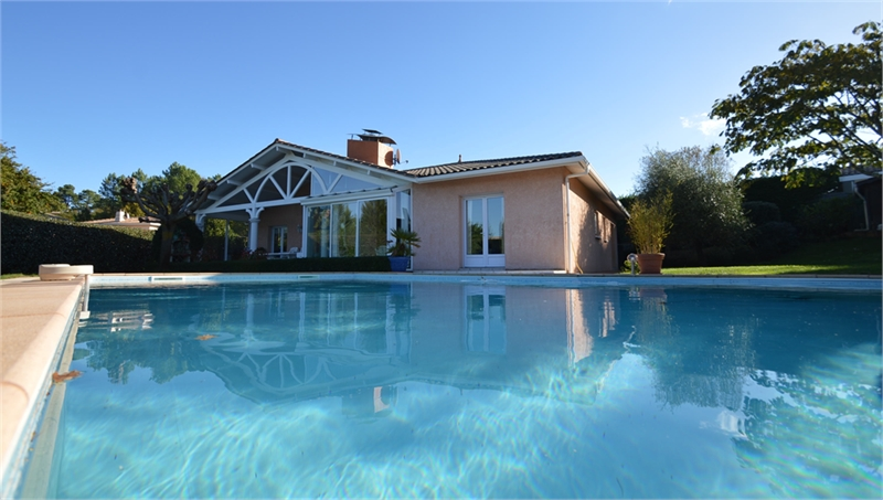 maison à vendre proche LA TESTE DE BUCH avec piscine