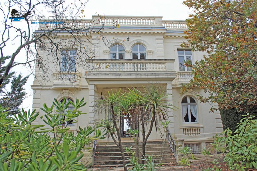Villa de prestige à vendre en 1ère Ligne Arcachon