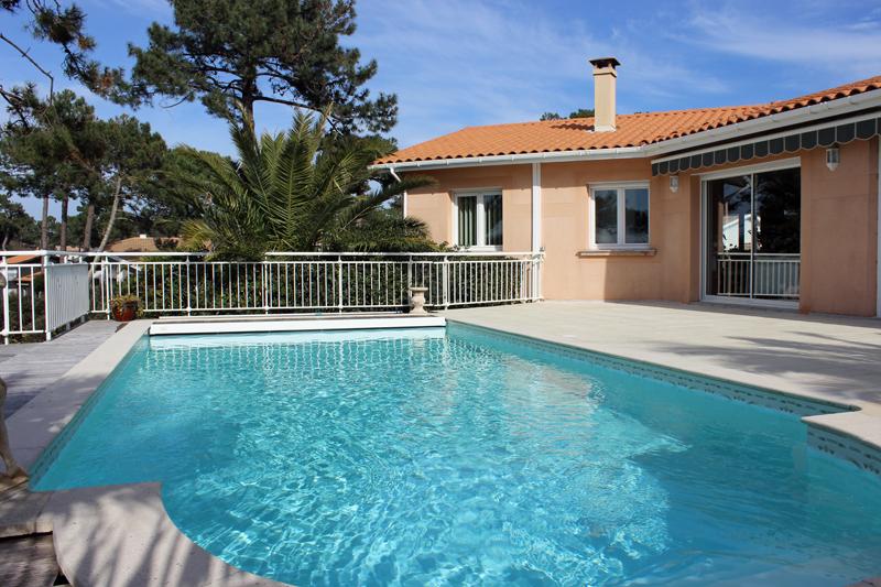 villa avec piscine pyla sur mer hauts de pyla