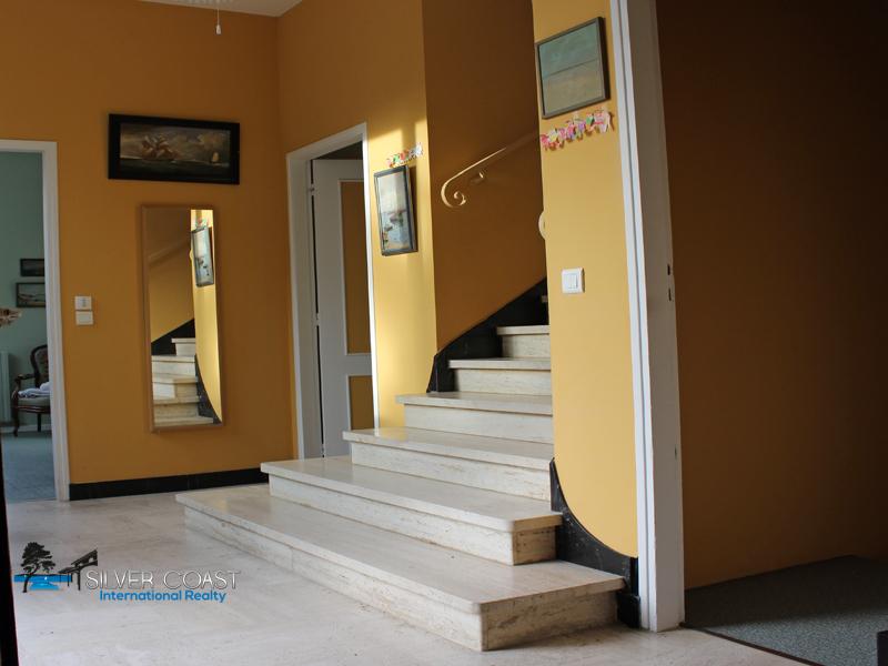 villa arcachon pereire escalier ancien