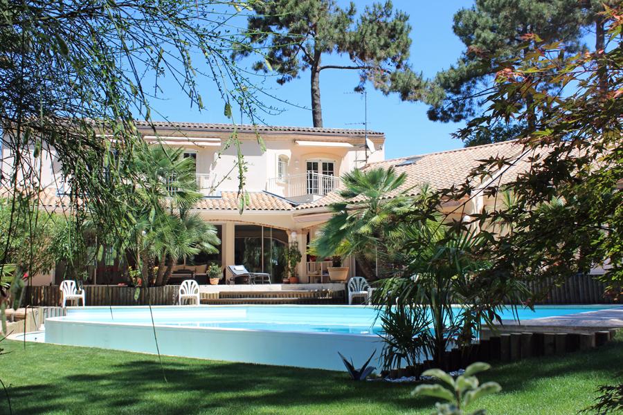 achat  villa contemporaine avec piscine Arcachon