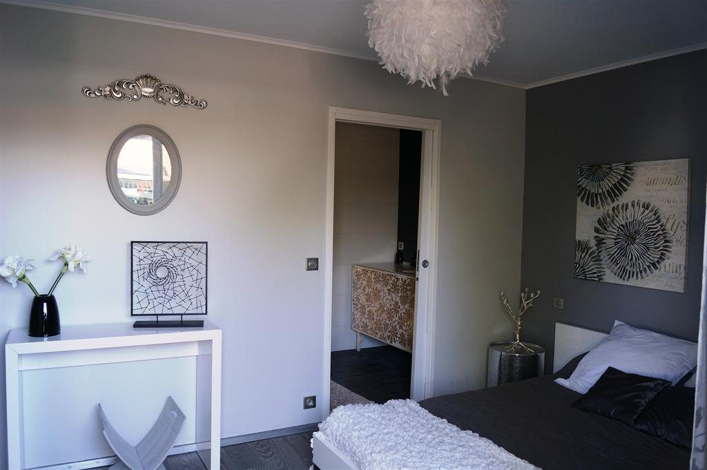 Villa contemporaine avec assenceur norme PMR Gujan mestras