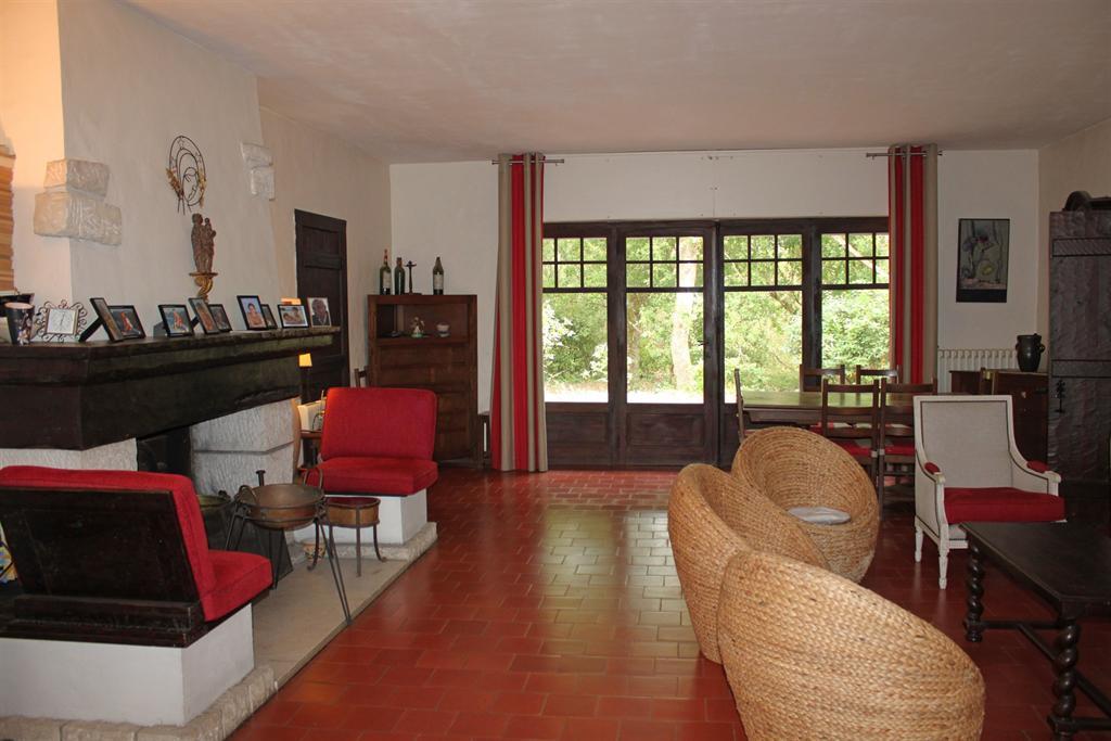 villa ann es 50 proche plage vendre pyla sur mer chapelle forestiere immobilier de luxe. Black Bedroom Furniture Sets. Home Design Ideas
