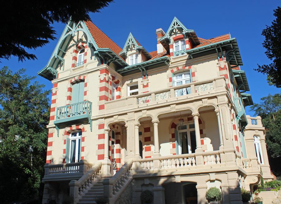 villa arcachonnaise de prestige à vendre sur Moulleau Bassin Arcachon