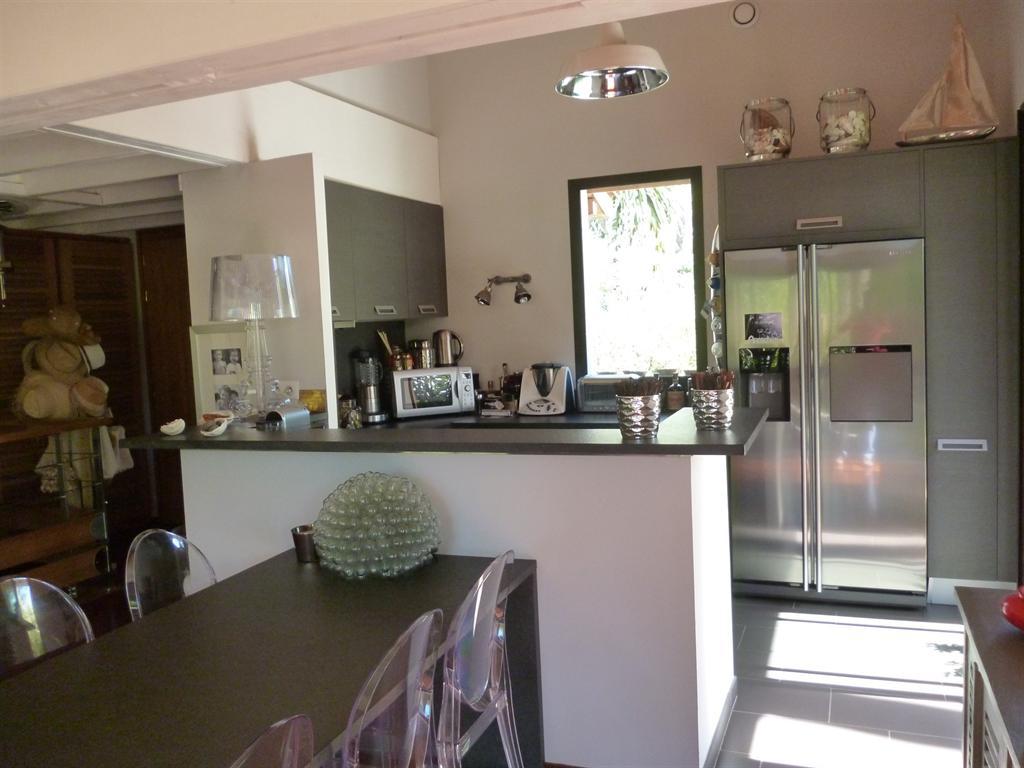 acheter villa familiale moderne les pieds dans l'eau Bassin Arcachon