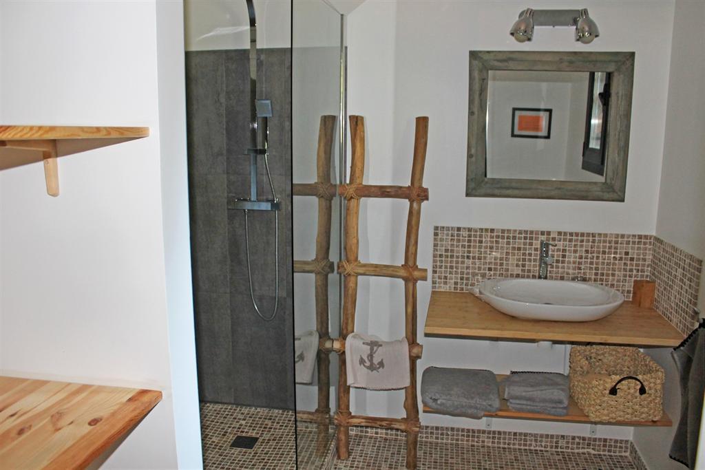 villa contemporaine à vendre avec 7 chambres et leurs salles d'eau privatives Cap Ferret