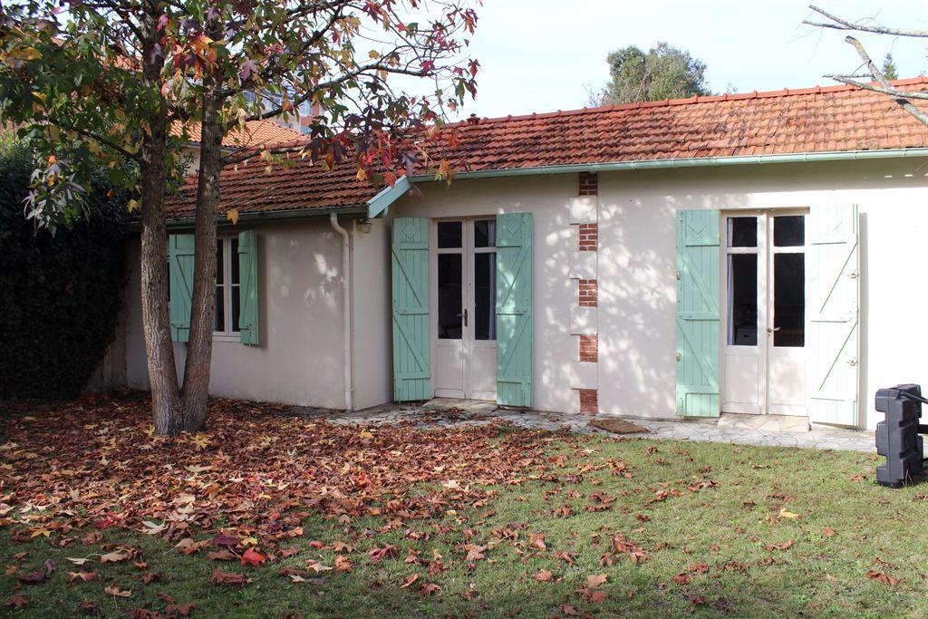 Vente maison villa arcachon ville d 39 automne coldwell - Location maison piscine arcachon ...