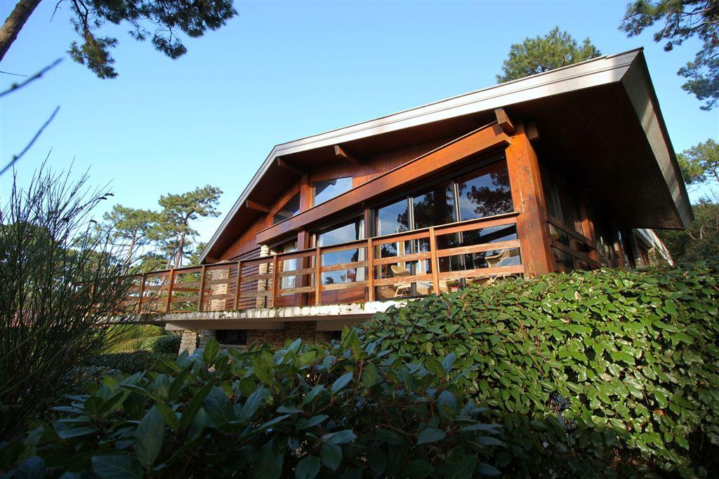 villa d'architecte a vendre a pyla
