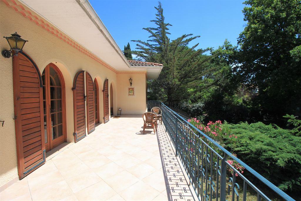 villa 5 chambres à acquérir avec beau terrain Arcachon Pereire