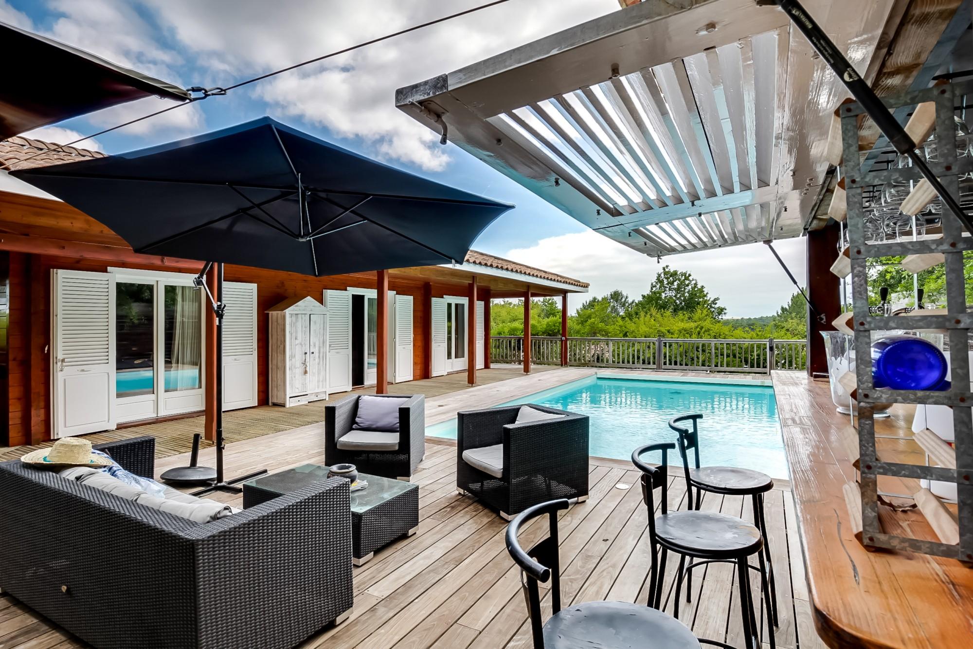 maison bois de standing à vendre avec piscine Pyla sur Mer