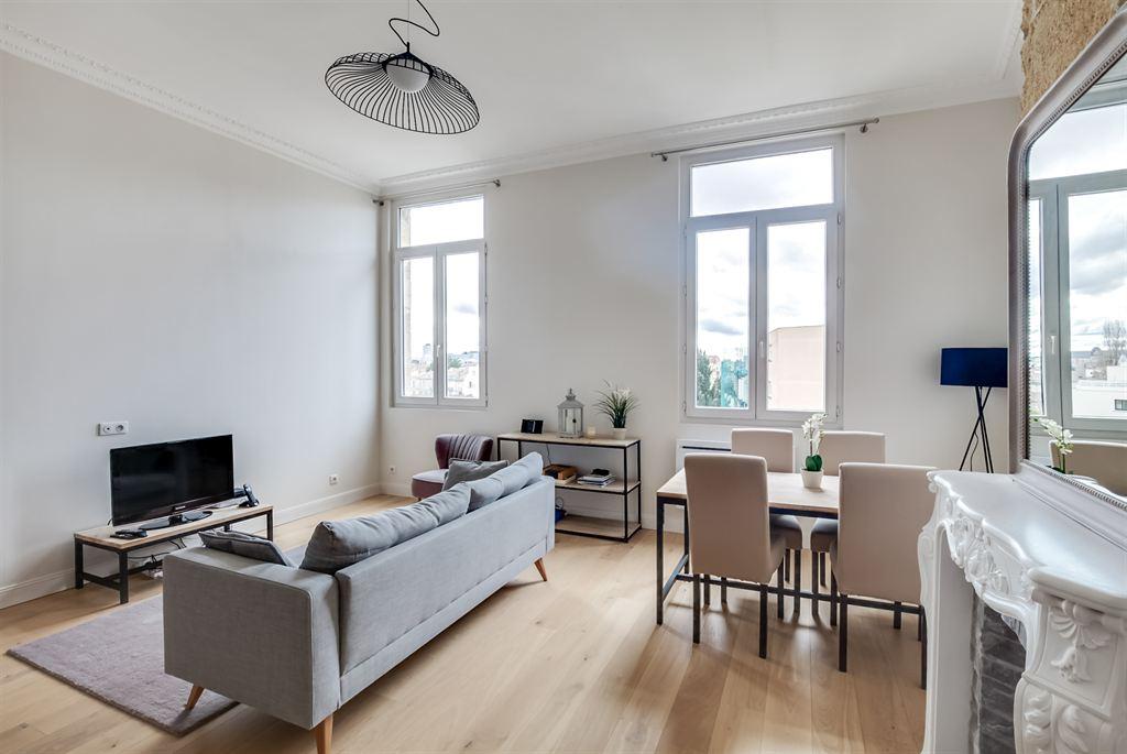 Appartement r nov dans un immeuble en pierre vendre bordeaux jardin public coldwell banker - Appartement bordeaux jardin public ...