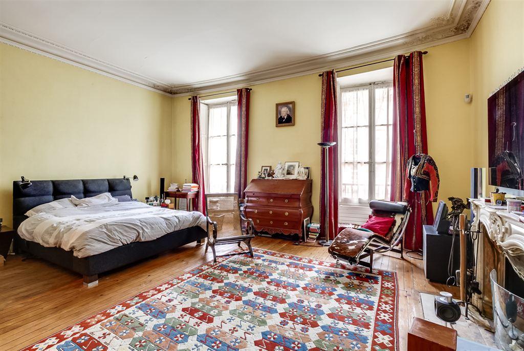 Appartement avec terrasse vendre bordeaux quinconces for Appartement luxe bordeaux