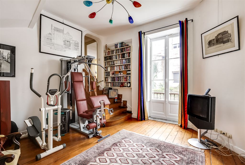 Appartement avec terrasse vendre bordeaux quinconces for Recherche appartement sur bordeaux