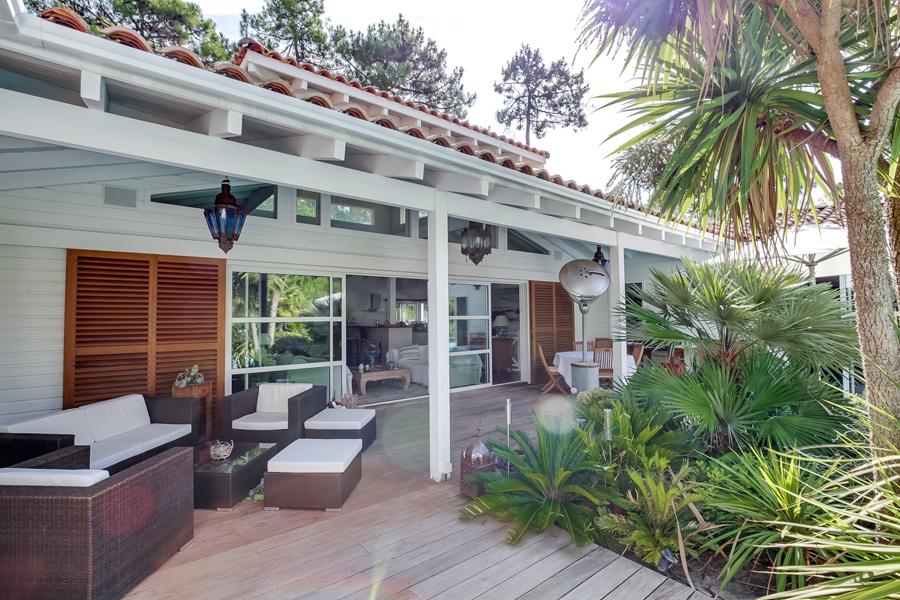 vente villa d 39 architecte en bois lege cap ferret secteur le canon avec piscine chauff e. Black Bedroom Furniture Sets. Home Design Ideas