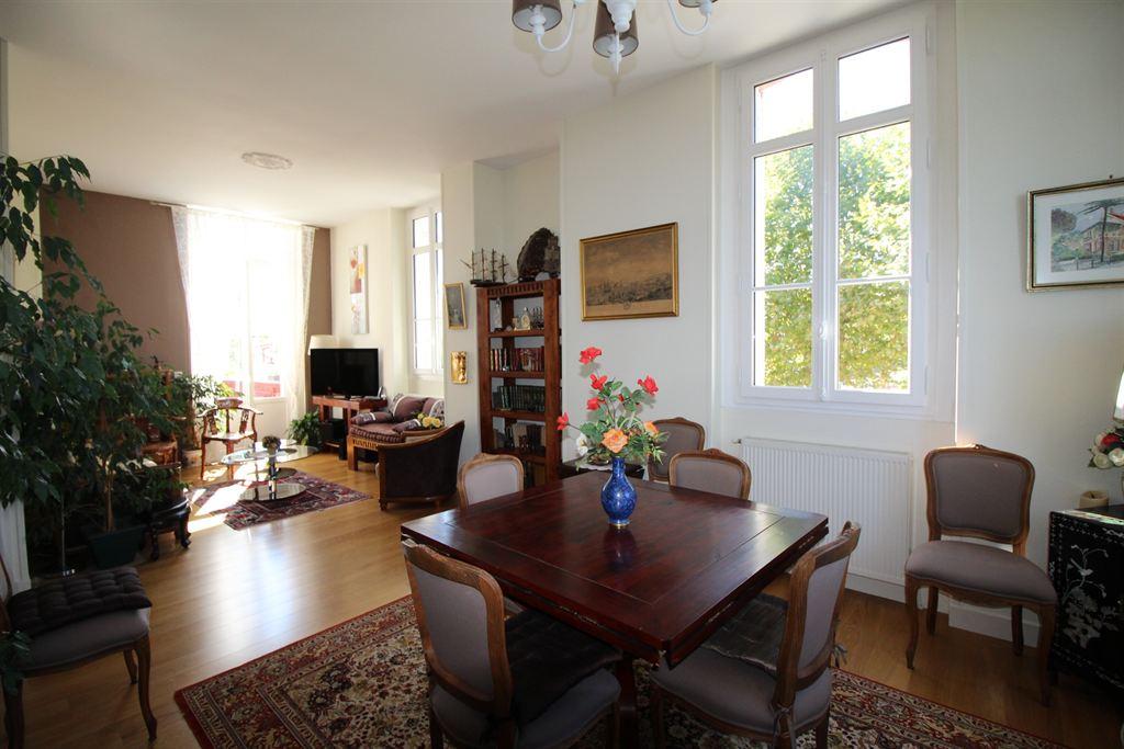Appartement d'exception dans une villa à vendre ARCACHON VILLE D'HIVER