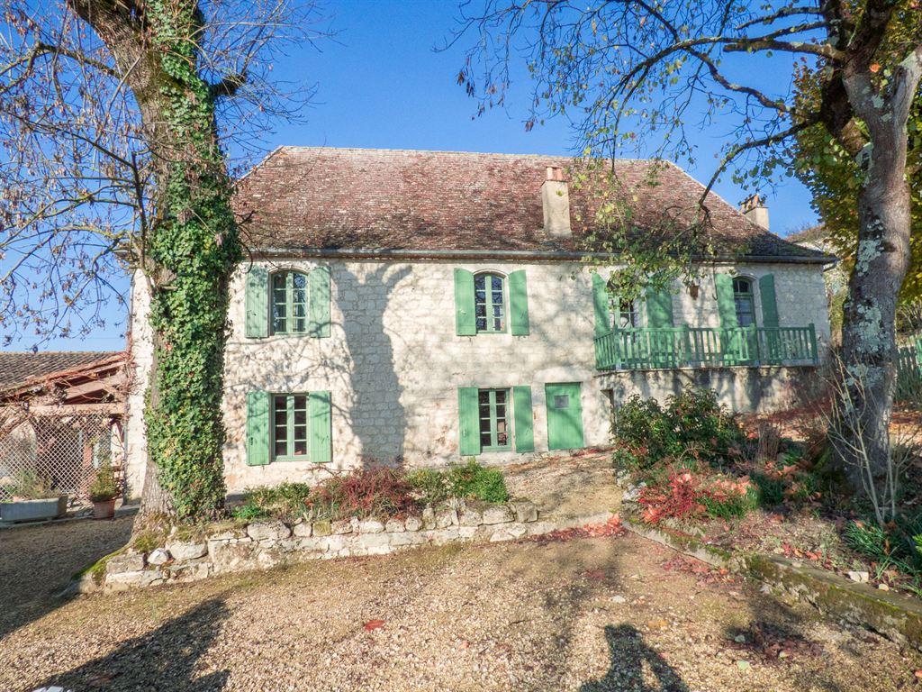 Vente maison villa dordogne perigord sainte sabine born for Acheter une maison en dordogne