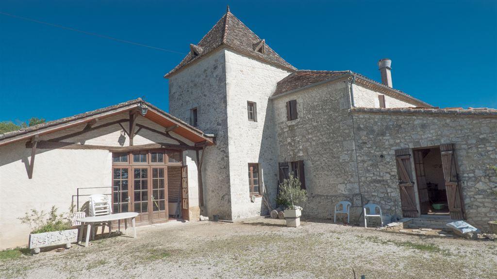 achat grande maison pour recevoir famille nombreuse Dordogne