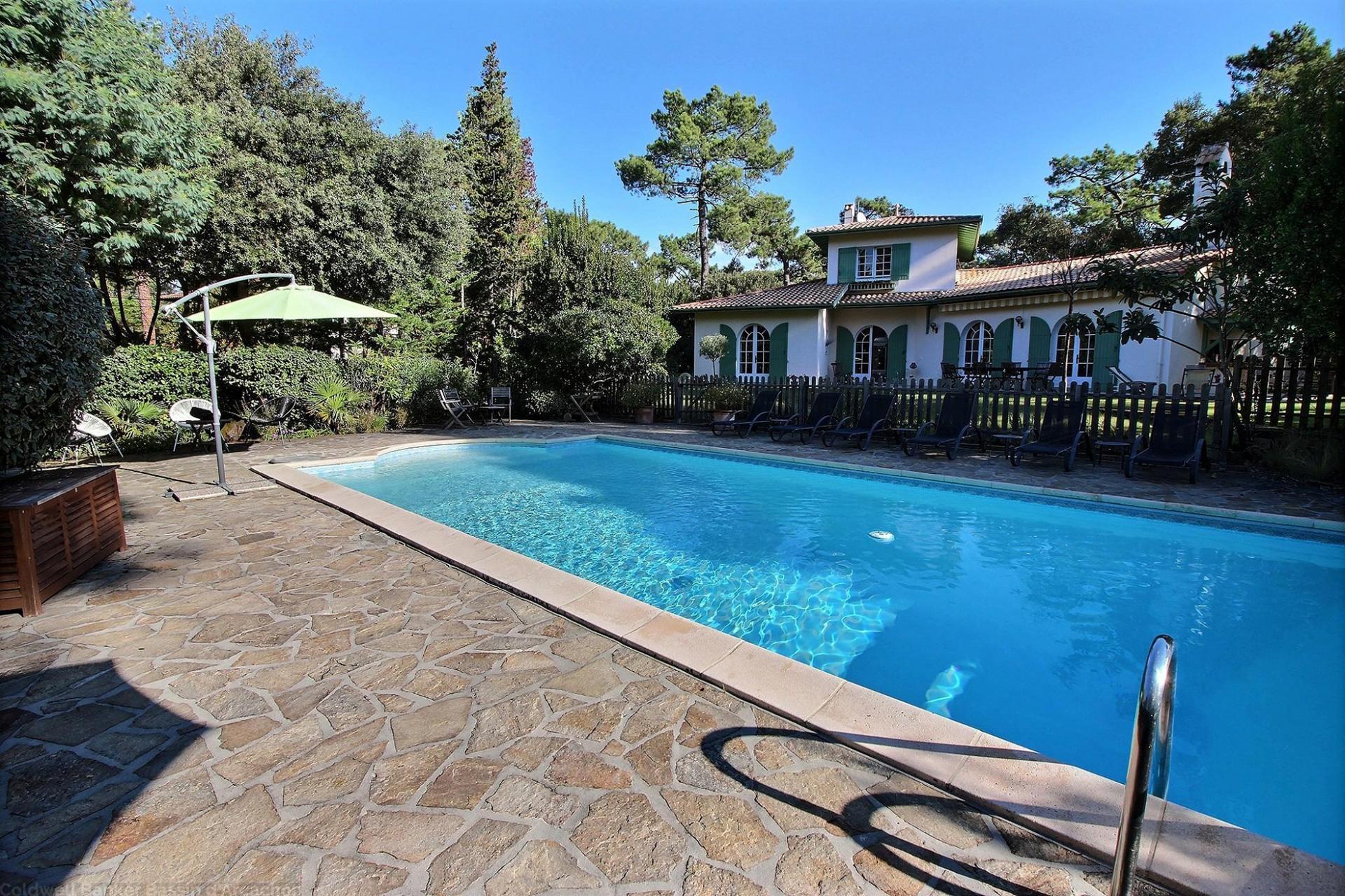 Villa 5 chambres 12 personnes avec piscine chauff e - Location maison piscine arcachon ...