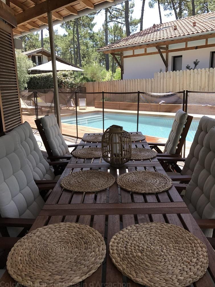Location villa vue forêt avec piscine PYLA SUR MER CORNICHE