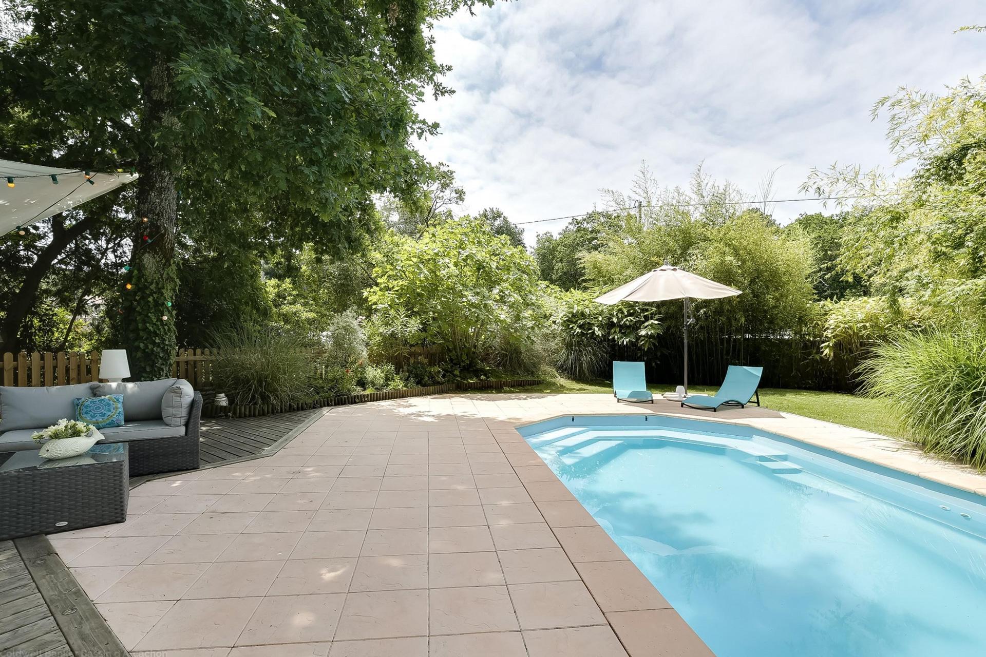 Maison avec piscine et terrain à vendre sur le bassin d'arcachon