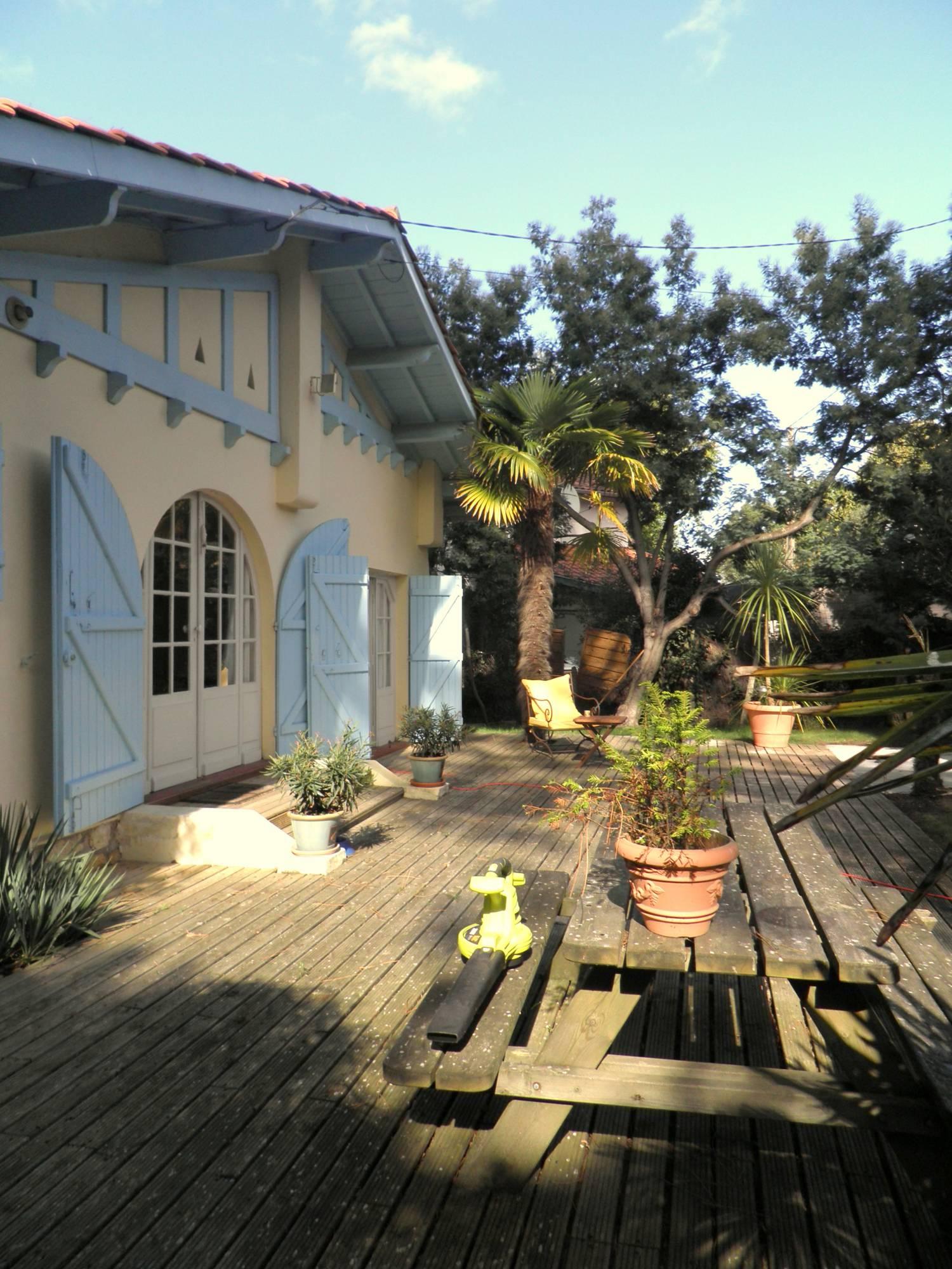 Location maison de vacances 3 chambres avec jardin et belle terrasse à louer aux Abatilles ...