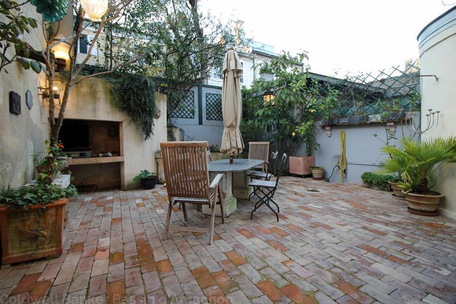 Maison bourgeoise en pierre de 5 chambres vendre bordeaux centre proche jardin public - Maison jardin public bordeaux vendre tours ...