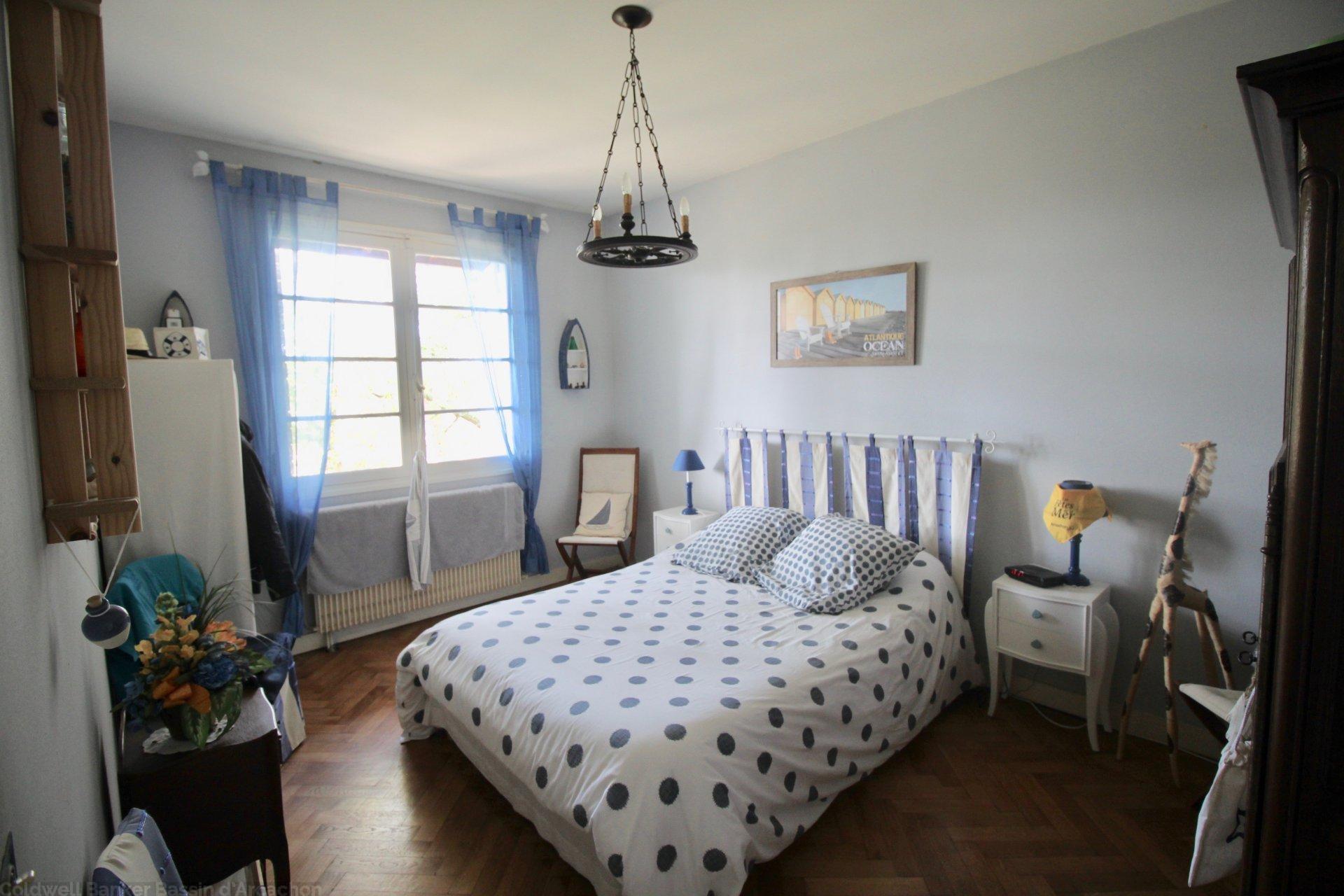 Maison familiale 6 chambres à vendre à Pyla sur mer