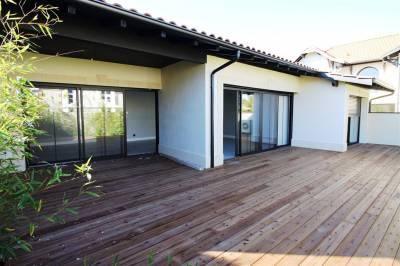 Villa contemporaine neuve a vendre centre de la Teste de Buch