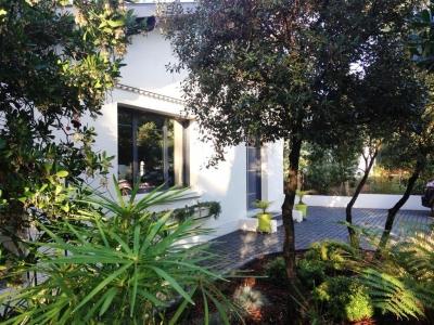 Vente Maison / Villa ARCACHON Recherché au calme - sans vis à vis Villa récente de 4 chambres avec piscine
