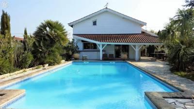 Villa recente à vendre La Teste de Buch - Port du Rocher avec piscine