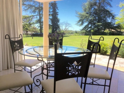 acheter une villa contemporaine proche de Montsegur sur un grand terrain arboré de plus de 3000 m²