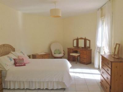 Villa contemporaine avec plusieurs chambres proche bordeaux